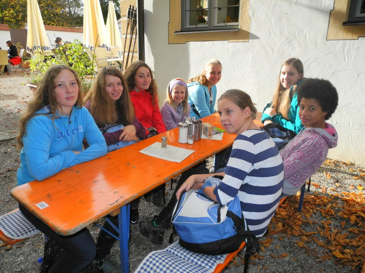 Am Ziel im Kloster-Biergarten in Oberschönenfeld