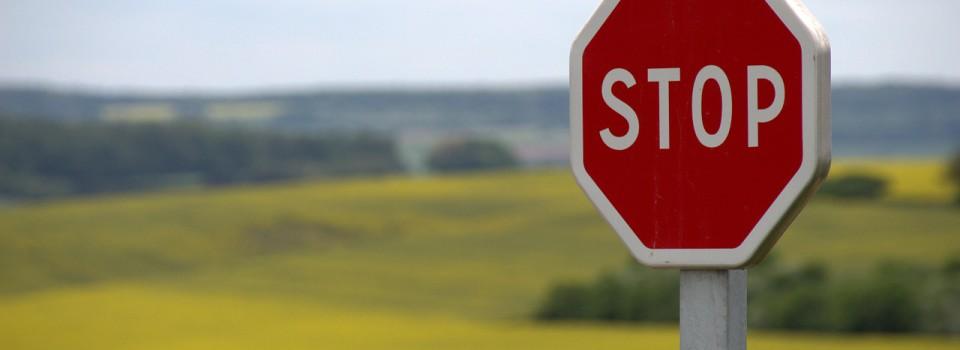 stop-634941_1280_knerri61_pixabay.com